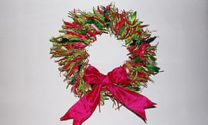 How To Make A Christmas Wreath Life And Style The Guardian