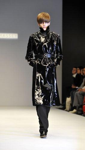 LFW: menswear: London Fashion Week Autumn 2009 - Carolyn Massey Runway