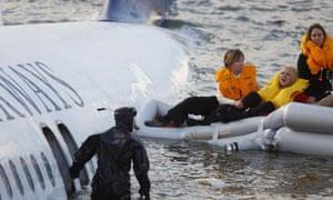 Plane crash survivors tell their stories | World news | The