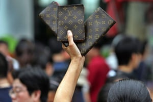 Designer copies: Fake Louis Vuitton