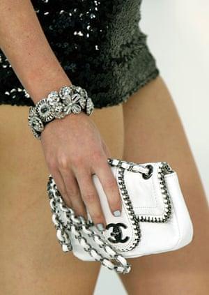 Designer copies: Chanel bag