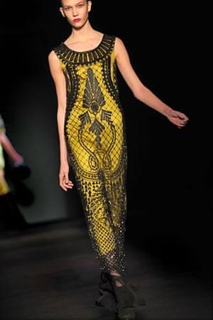 MFW: weekend roundup: A model wears Alberta Ferretti