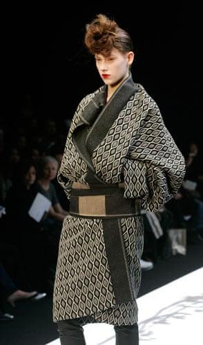 Paris FW Thursday: A model wears Hiroko Koshino