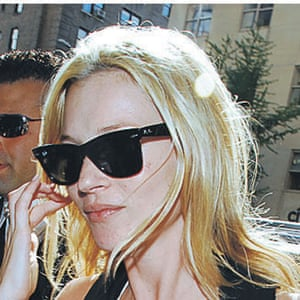 Sunglasses: Kate Moss wears classic black Wayfarers 2007