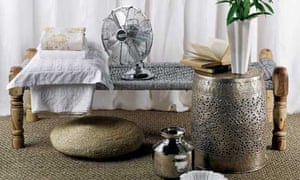 Space: day bed, chrome fan