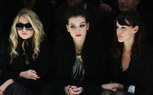Burberry: Mary-Kate Olsen, Daisy Lowe and Liv Tyler watching the Burberry show