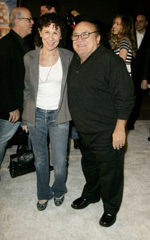 Short men: Danny Devito and Rhea Perlman at Deck the Halls premier