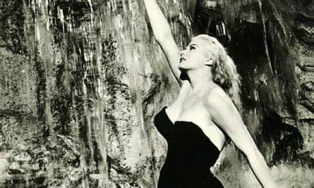 Still from Fellini's Dolce Vita