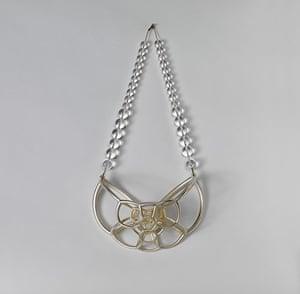 Lab craft: Lynne MacLachlan – Bubble Jewellery