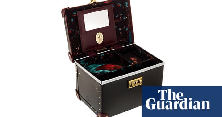 Unique Christmas Gift Ideas: Luxury Gifts For Women