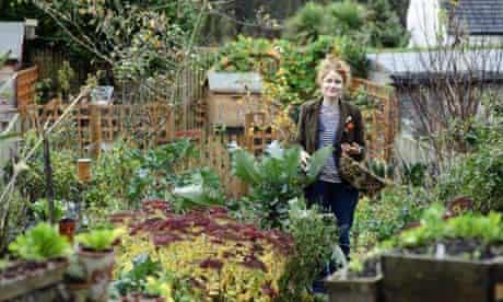 Alys Fowler The Edible Garden