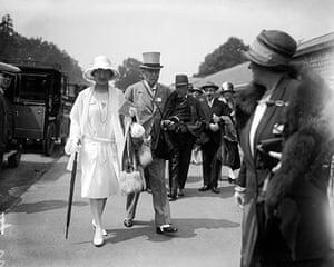Ascot fashion: Royal Ascot in 1927