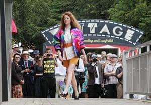 Vintage at Goodwood: Fashion show