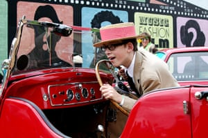Vintage at Goodwood: Boy in car