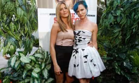 Jennifer Aniston and Juliette Lewis