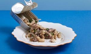 Sardine, white bean and red onion salad
