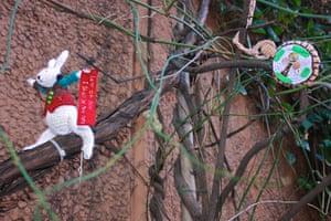 Knit the City: The Fastener's White Rabbit
