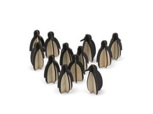 xmas decorations: Wooden mini penguins