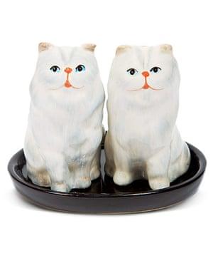 Stocking fillers: Persian cat cruet set
