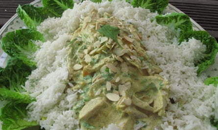 Perfect coronation chicken – with rice