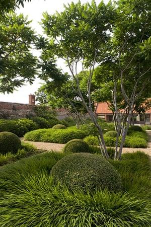 Tom Stuart-Smith: Whitehall garden in Norfolk