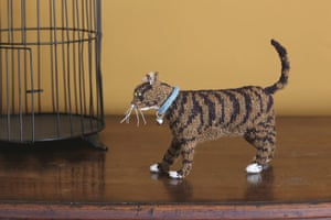 Knit your own cat: Best in Show: Knit your own tabby cat