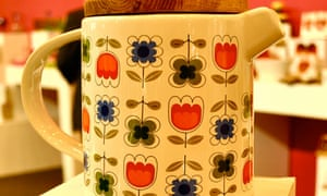 A teapot by Lotta Odelius at the 2012 Home show