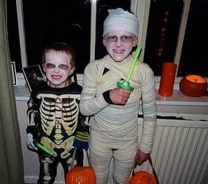 Readers' Halloween: Vinnie and Louie
