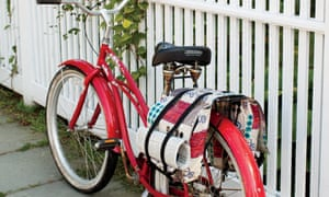 Bicycle panniers designed by Matt DeVries