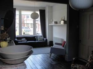 Style expert homes: Jill Macnair's white living room