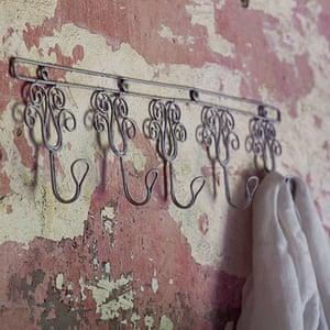 Coat stands racks: Fairtrade rustic rack