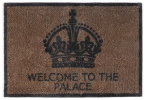 Jubilee tat: Welcome to the palace doormat