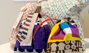 Tote bags made by women who lost their homes as a result of the Japanese tsunami