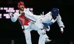 GB's Lutalo Muhammad takes on Arman Yeremyan of Armenia in the Olympics 2012 men's 80kg repechage.
