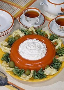 Jell-O salads: American abomination or Thanksgiving treat