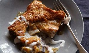 Ten best banana recipes: Banana batter cake with coconut caramel sauce