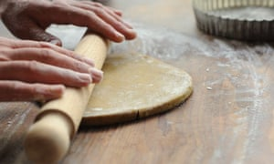 Dan Lepard 2: Roll the dough out thinly to line the base and sides of a 20cm deep fluted tart tin