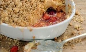 Dan's strawberry mascarpone custard crumble: main pic