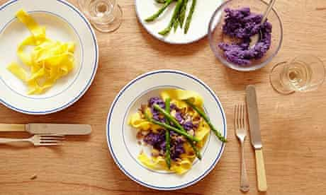 10 best pasta: purple pesto sauce!