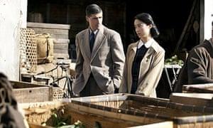 Matthew Fox and Eriko Hatsune in Emperor