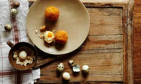 Cook 10 best eggyweggs.