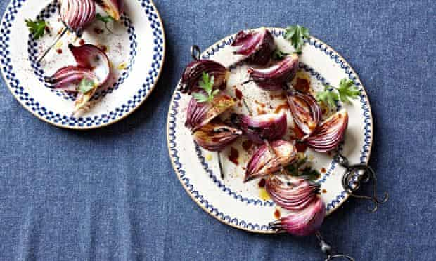 Turkish pomegranate onions