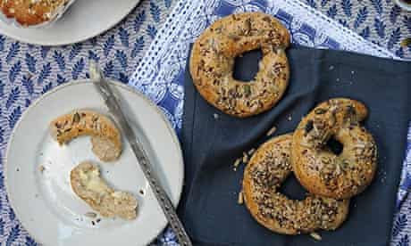 seeded wholemeal bagels