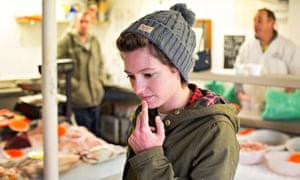 Jack Monroe buying fish from the Leigh Fisherman's Co-operative
