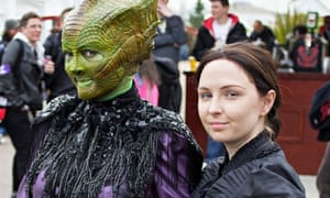 Cosplay: Lizzie Biscuits (as Madame Vastra) and Victoria Kahl (as Jenny Flint)