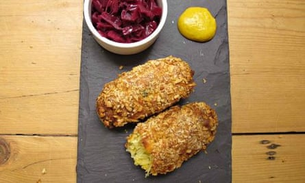 Felicity Cloake's perfect glamorgan sausages