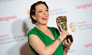Olivia Colman poses with her Bafta