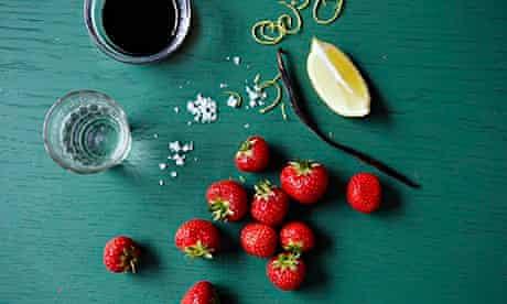 10 best Vodka and balsamic marinated strawberries