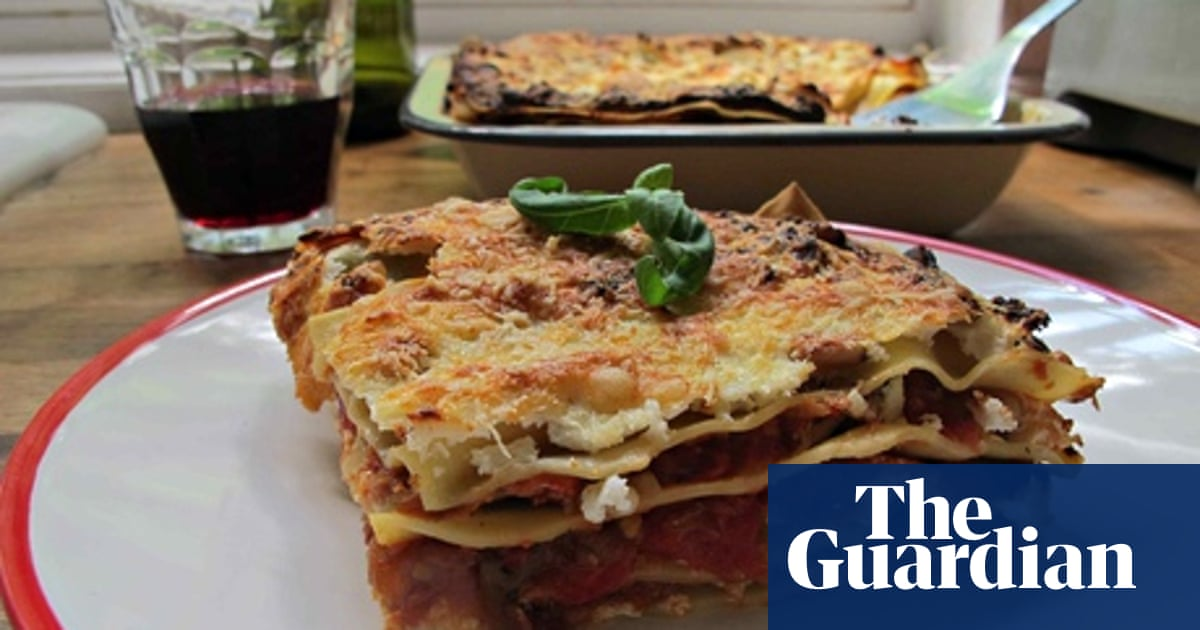 How To Cook The Perfect Vegetable Lasagne Vegetarian Food And Drink The Guardian