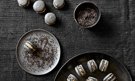 10 best black sesame macarons